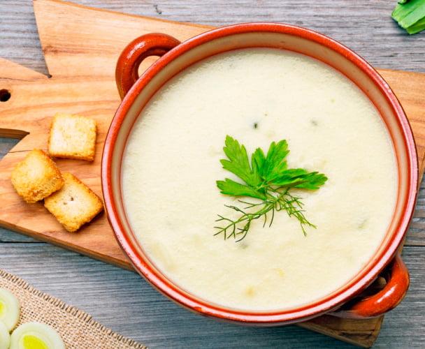 preparar crema de patata para acompañar al cabritillo