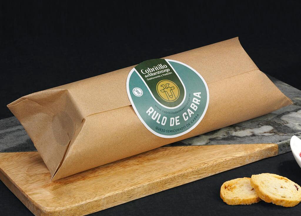 Rulo de queso de cabra artesano