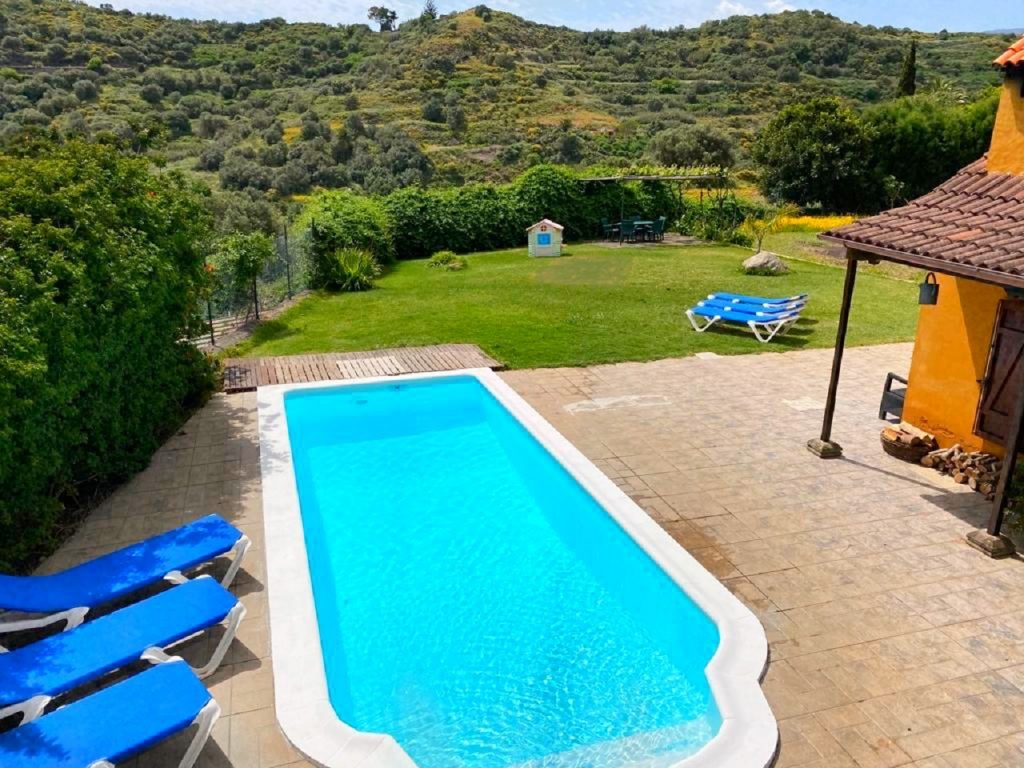 Piscina climatizada - Climatized pool