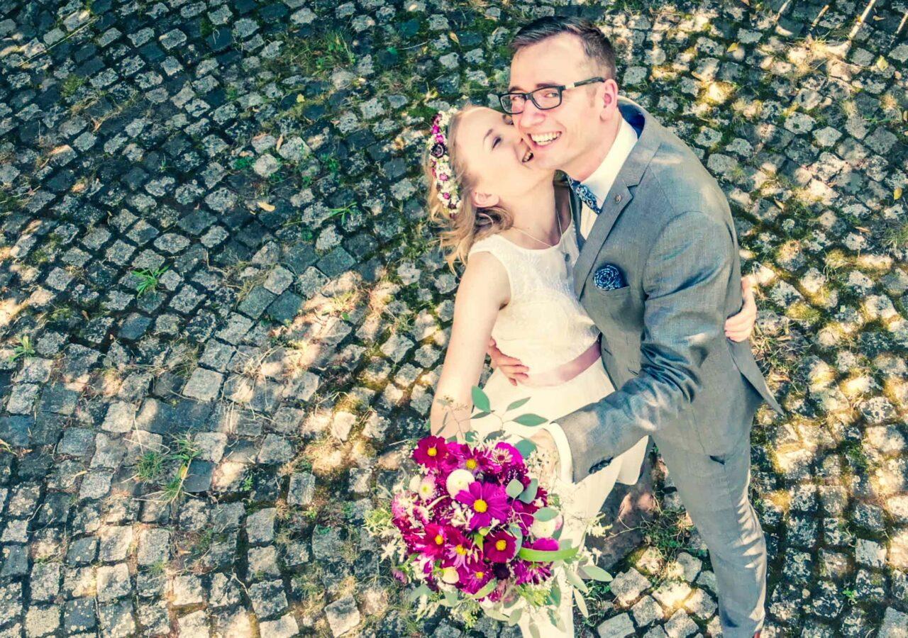 das Brautpaarfotoshooting in die Weinberge
