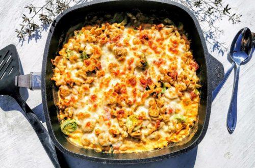 Wer Spätzle liebt, wird dieses Rezept für Spätzleauflauf lieben! Ein alltagserprobtes Gericht mit wenig Aufwand und hohem Wohlfühlfaktor. Einfach nachkochen und genießen!