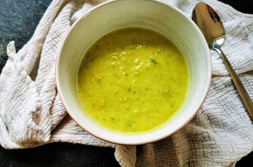 Ein leckeres Rezept für vegetarische Lauchsuppe. Einfach und schnell eine Gemüsesuppe kochen. Das Suppenrezept wirst du lieben!
