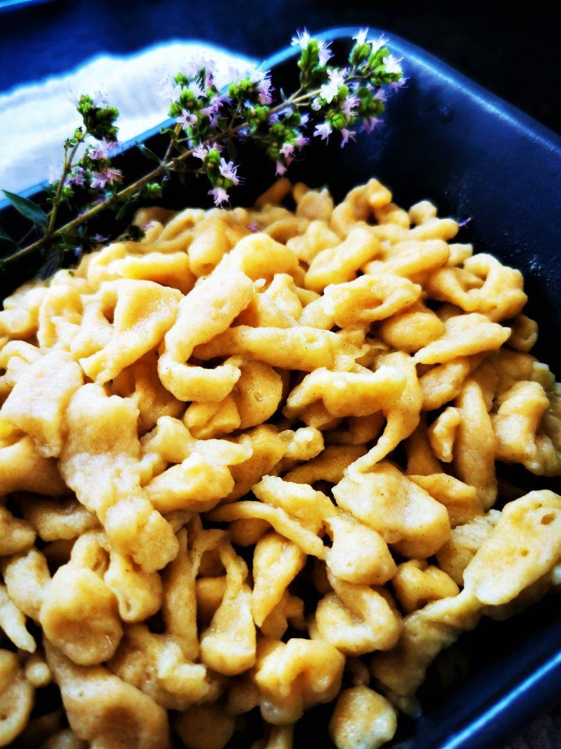 Spaetzle Grundrezept für Kaesspatzen oder andere schwaebische Gerichte