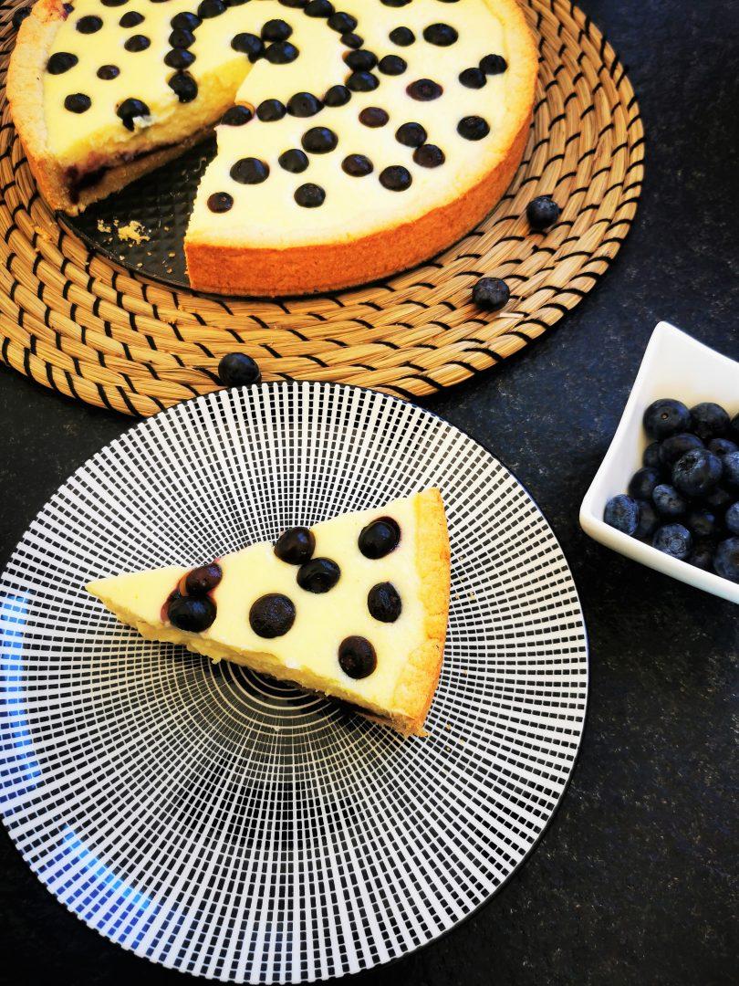 Blaubeer-Käsekuchen backen - mit diesem Backrezept kein Problem.