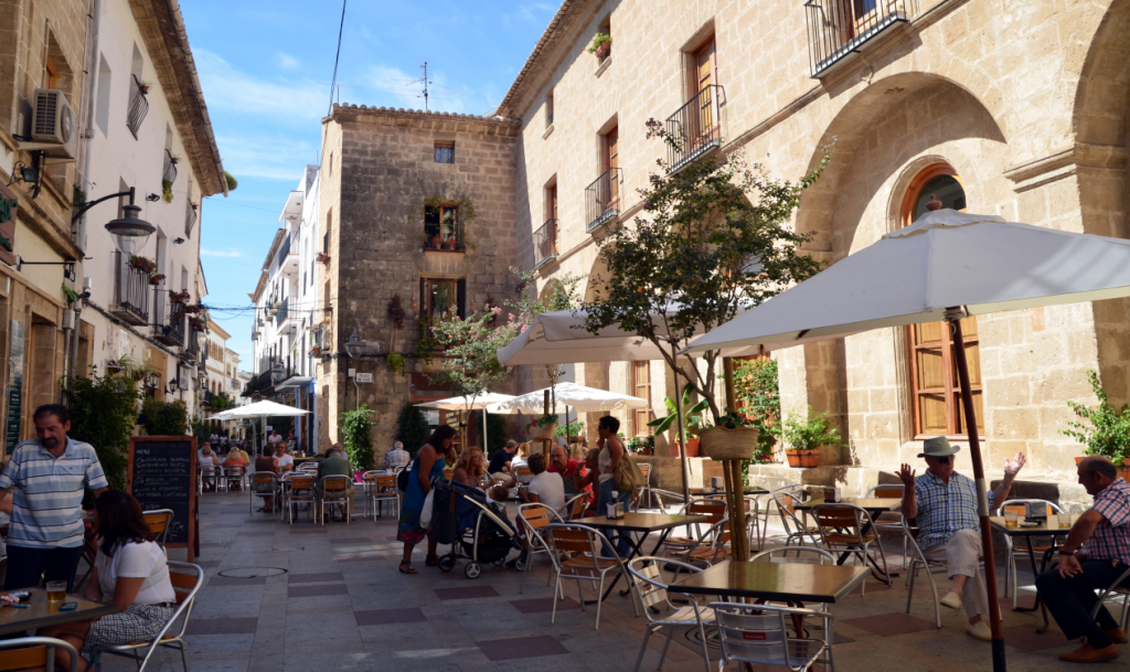 Shopping in the old town of Javea