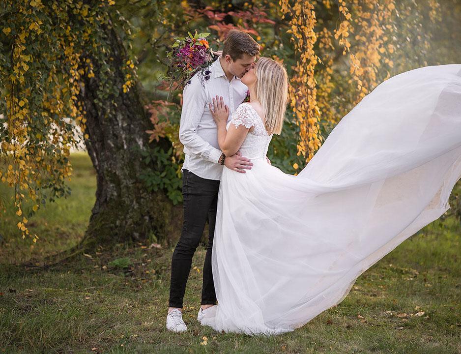 You are currently viewing Bröllopsbilder från workshop i Hagaparken
