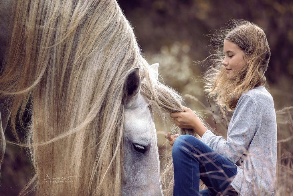 Das Mädchen und sein Kaltblut