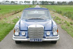 Mercedes-Benz 250SE cabriolet
