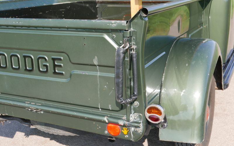 Dodge B3B - 108 Pick-up