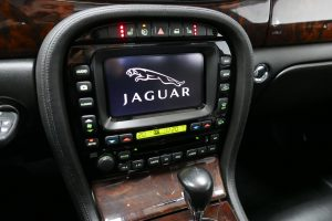 Jaguar XJ 2.7D V6 Sovereign