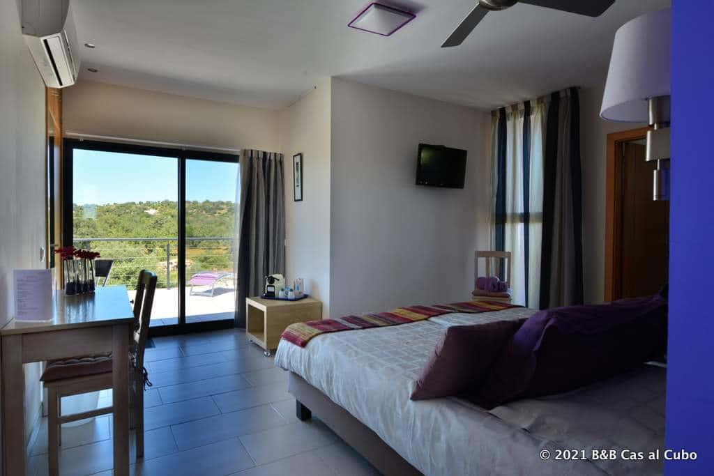 Lavanda bedroom in Guesthouse Cas al Cubo