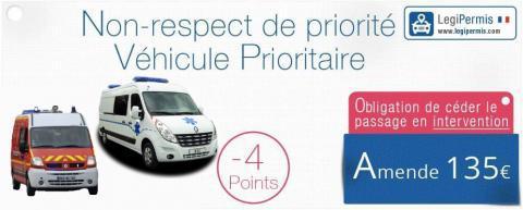 Refus de céder le passage à un véhicule prioritaire : Amende et conduite à tenir