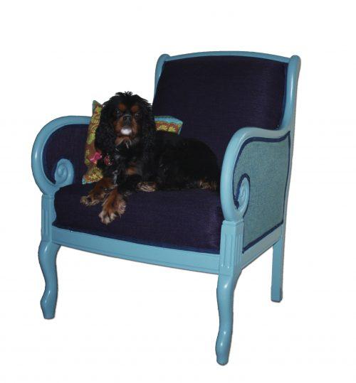 Sessel neu gepolstert und lackiert
