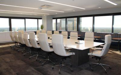 Verka för ett öppet samtalsklimat i styrelserummet