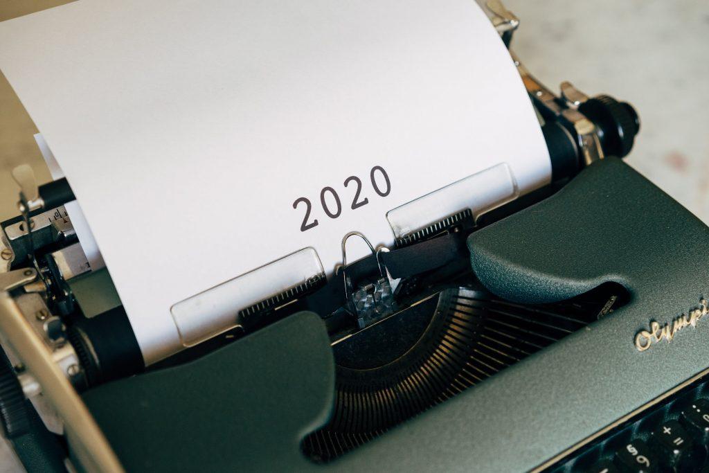 2020 auf der Olympia Schreibmaschine