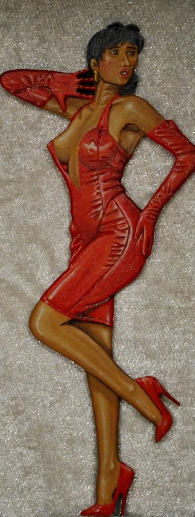 Lady-in-Red-egen-fremstilling-80mm