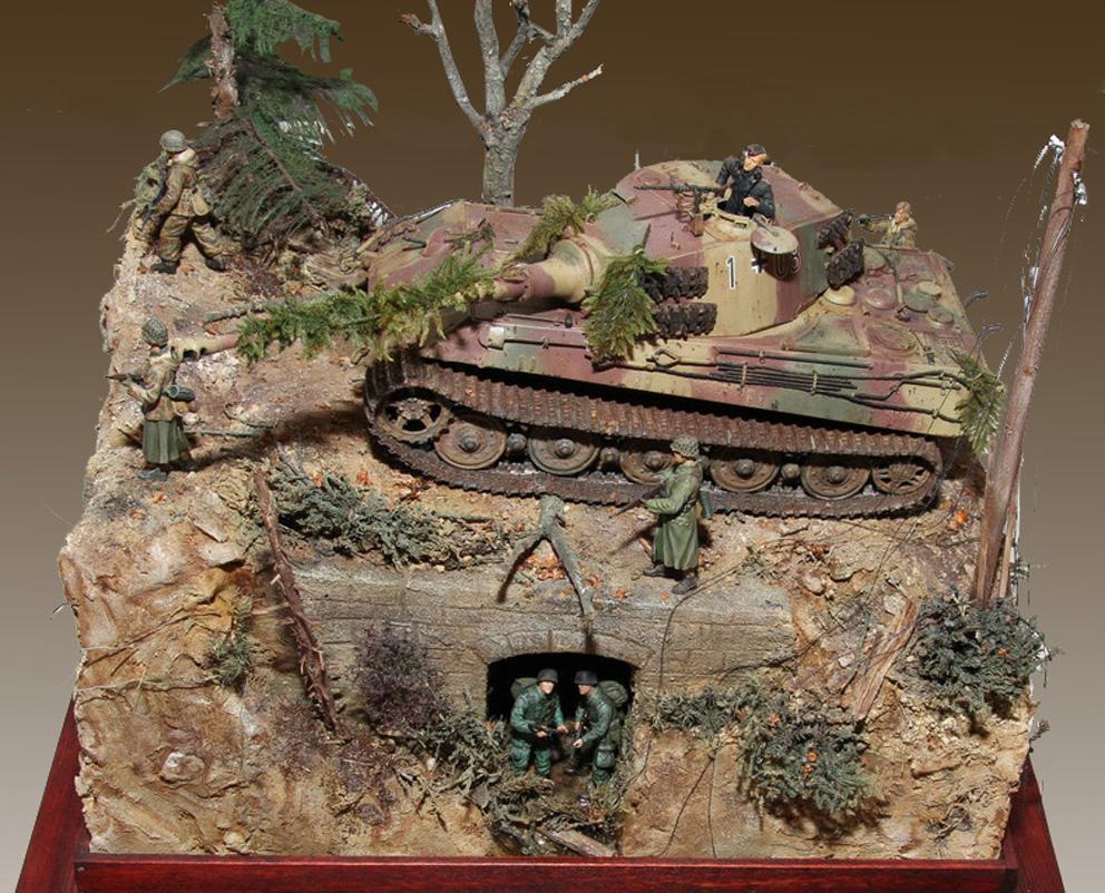 1944-Tiger-II-i-Ardennerne