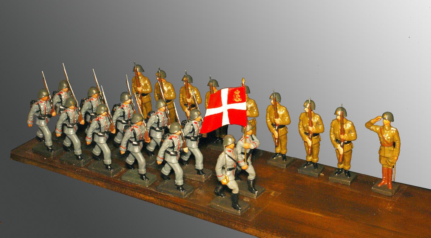 1930-Dansk-fodfolk.-Konverterede-LINEOLfigurer-2