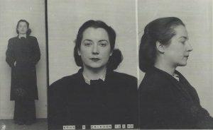 Vera Schalburg som hun så ud kort efter den udmattende rejse og arrestation i Portgordon i Skotland den 30. september 1940. Ill. fra bogen.