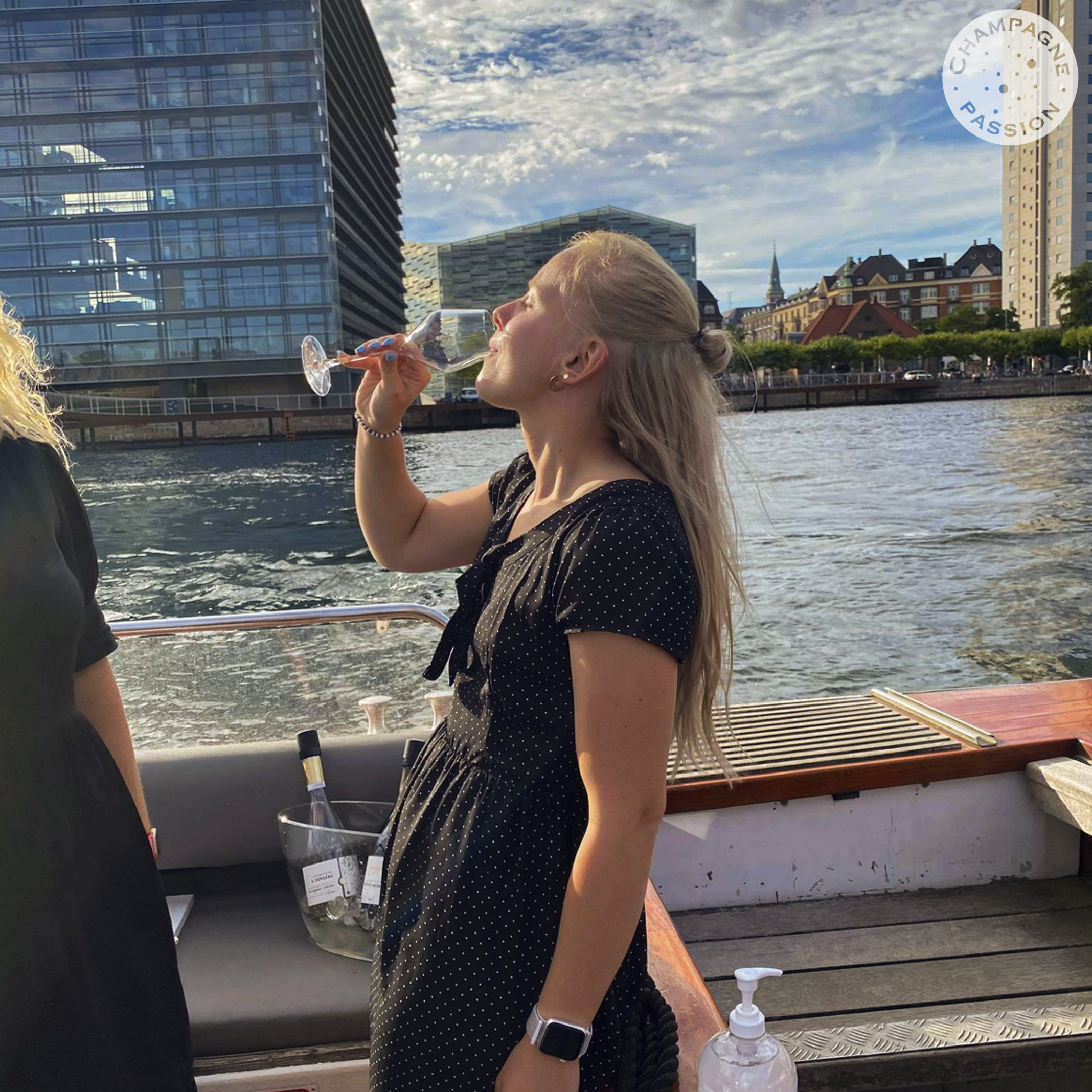 Champagne Cruise – Special Club