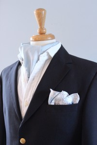 charlotte_olsson_art_design_pattern_swedishart_champagne_recyclingart_silk_exclusive_original_classicstyle_gentlemen_cake_style_inspiration_look