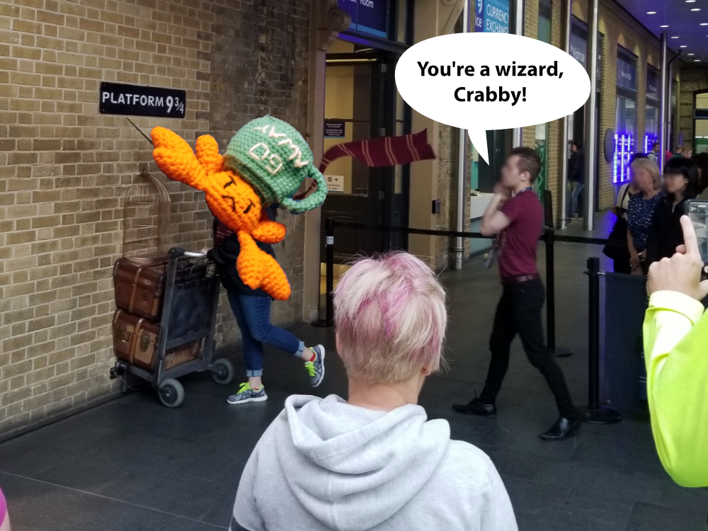 Totally legit proof that Crabby is a wizard