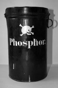 Bügeldose_Phosphor_weiß