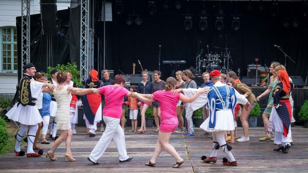 Monadiko optreden op het feestdorp te Essen 2015