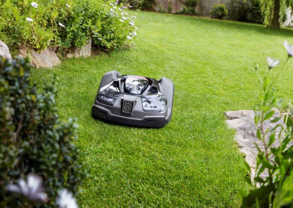Find den bedste robotplæneklipper til din have og dine behov