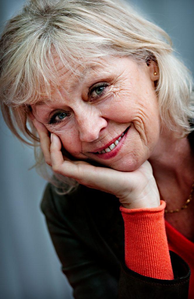 Stina Dabrowski har skrivit bok om konsten att intervjua.