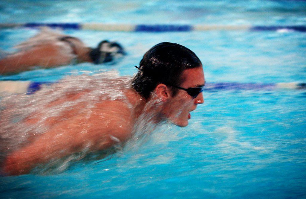 Kristian Conrad *** Local Caption *** SM-medaljör i simning