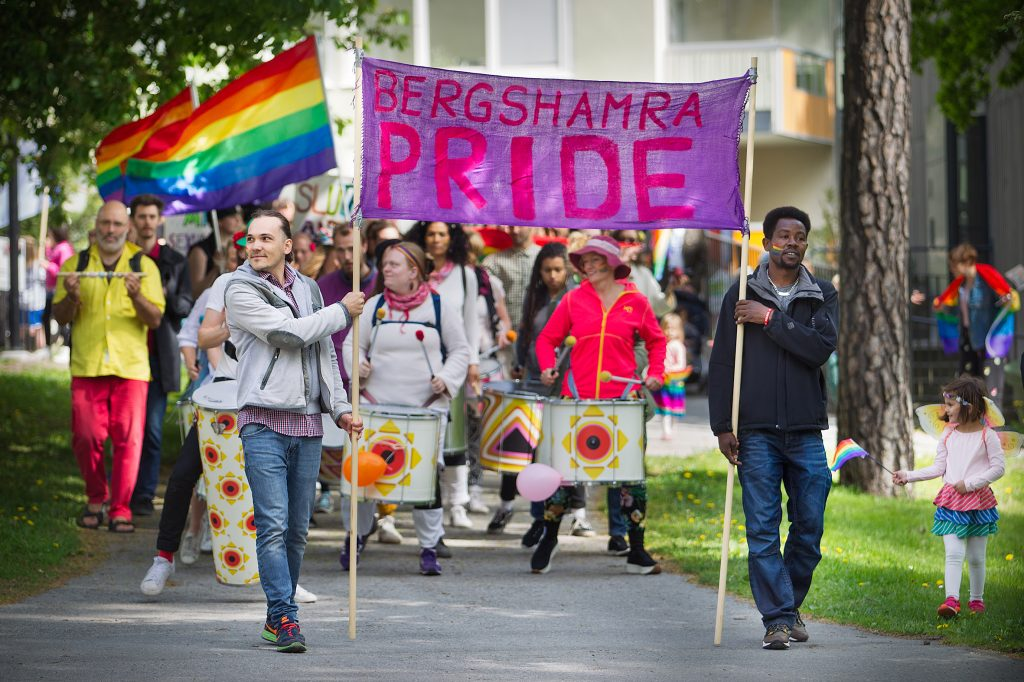 Vinkel: Bergshamra pride - STOR folkfest!