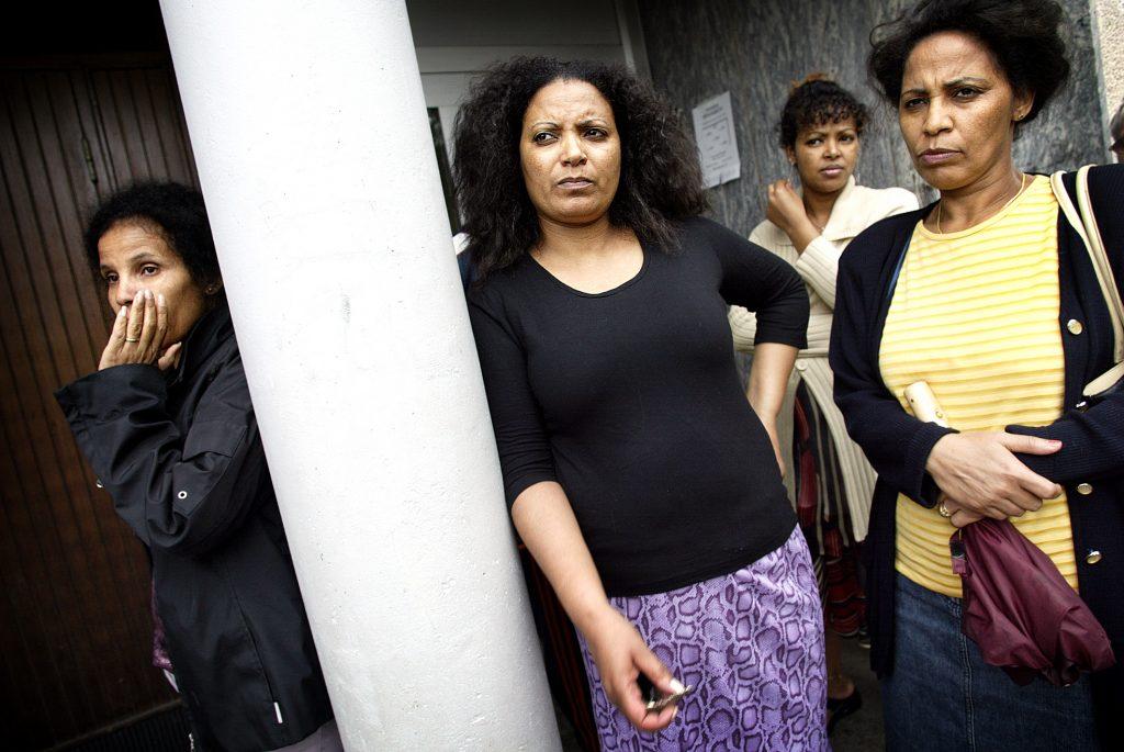 Nigisti Hakin, Rigat Tesfu, Luula Kahsay och Nitsihti Debesai har tröttnat på att Skärholmen och deras bostadsområde Brantholmsgränd blir allt mer segregerat.