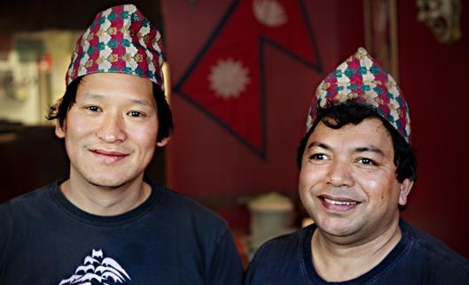 Vinkel: På Buddha Nepal lagas nepalesisk mat i annorlunda miljö Miljö: Köket där ägaren Milan, från Nepal, lagar mat