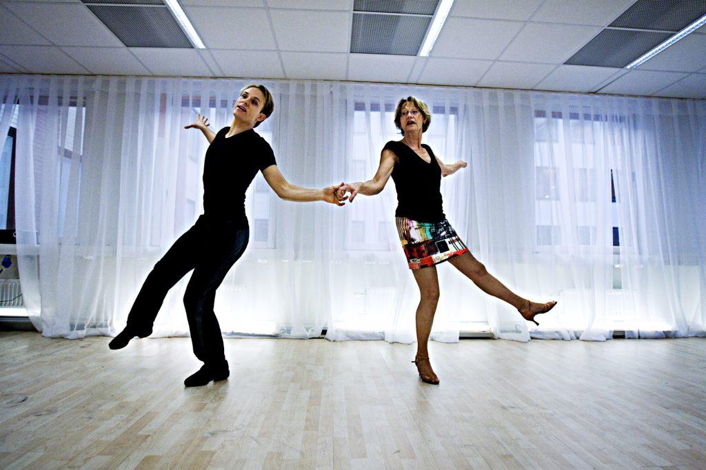 "Gudrun Schyman  *** Local Caption *** Gudrun Schyman deltar i ""Let´s dance""."