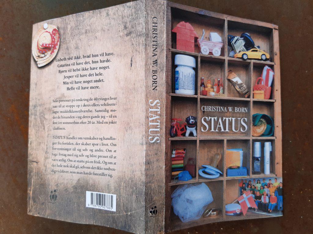 Romanen STATUS er på vej. Status omslag med elementer fra et midtvejsliv
