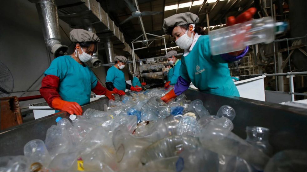 China aims to go as big in bioplastics as it did in solar panels (asia.nikkei)