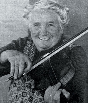 Mary Brooksbank playing violin