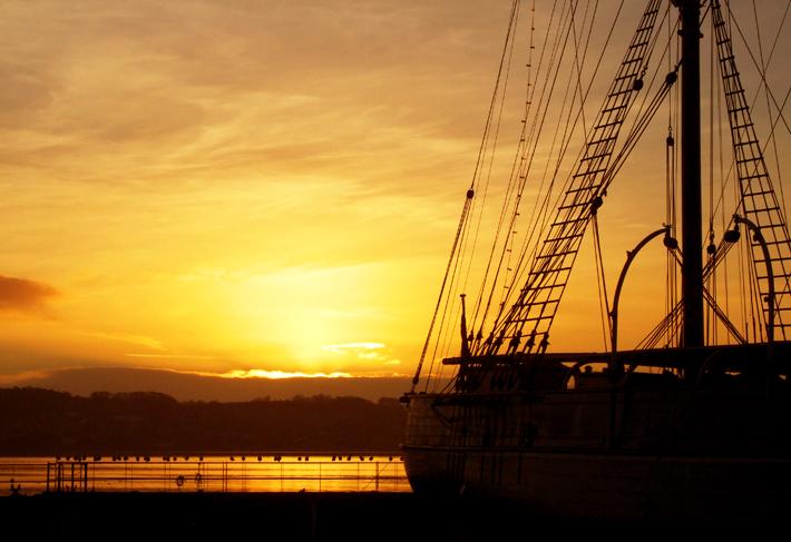 discovery-sunrise