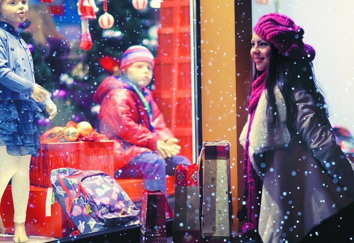 finance-christmas-shopping