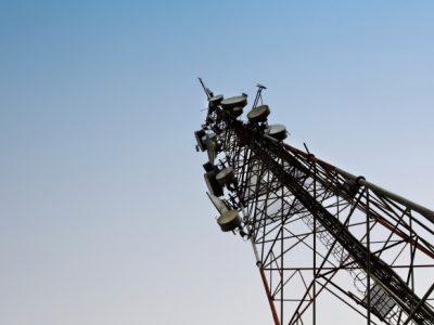 antenna-mast-mobile-aerial-signal-3g-4g-777x437