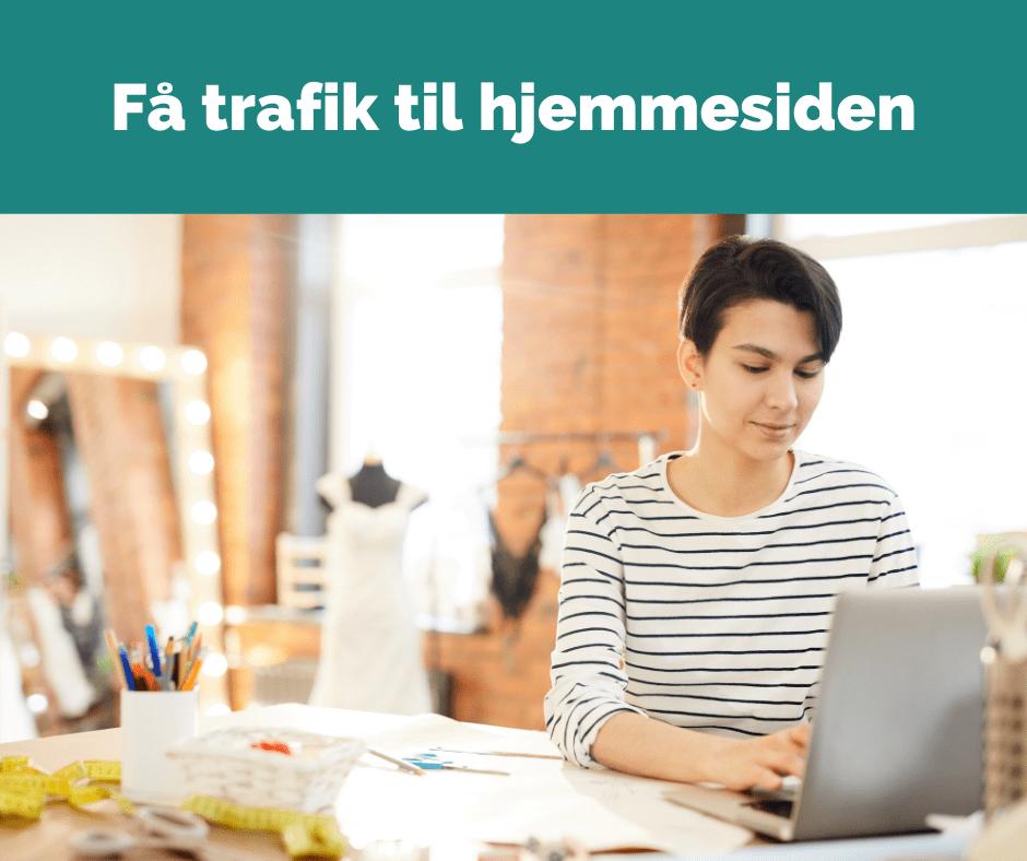 En blog hjælper dig med at få mere trafik til din hjemmeside. For eksempel når du deler blogindlæg på sociale medier.