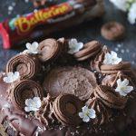 chokladbollstårta med Ballerinas chokladbollskex