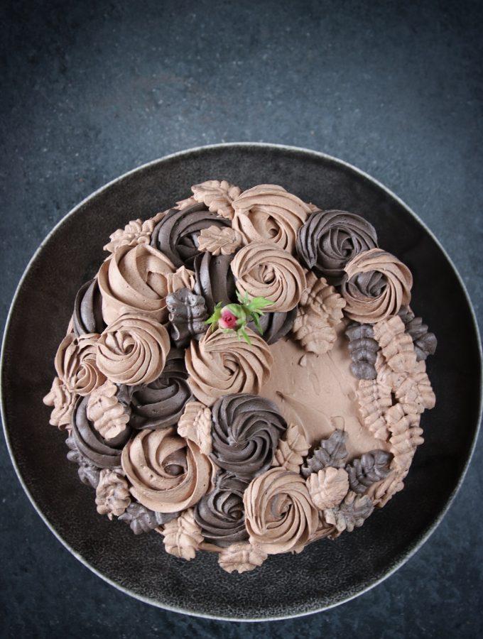 choklad- och vaniljtårta med rabarberkräm