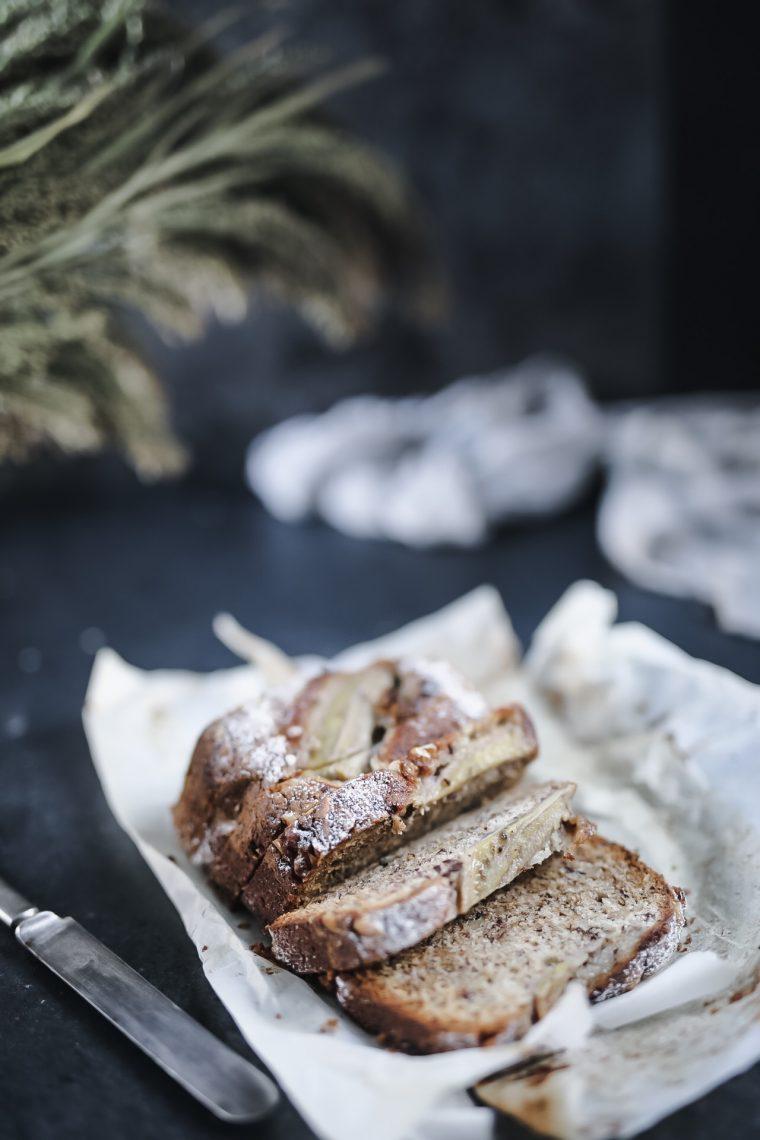 bananbröd med choklad och nötter