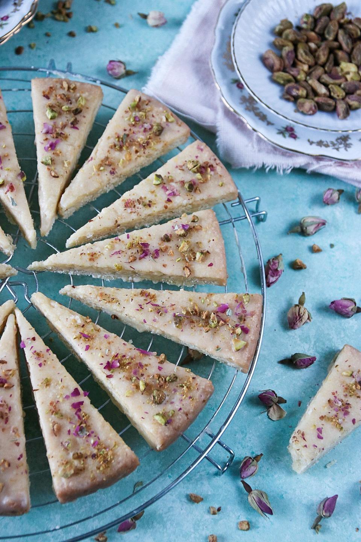 mördegskakor med pistagenötter