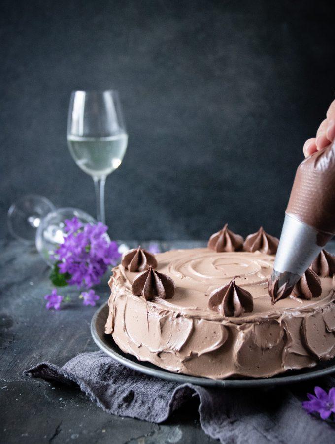 rieslingkaka med chokladkräm