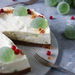pepparkakscheesecake med gröna marmelad kulor