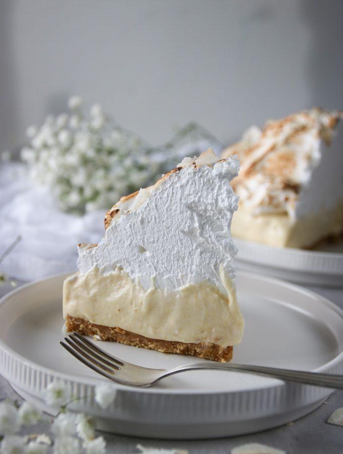 no-bake tropisk cheesecake med kokos och passionsfrukt