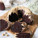 chokladkaka med brynt smörglasyr